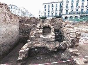 fouilles place des Martyrs
